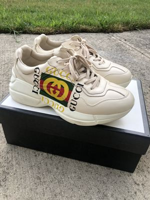 Gucci Rhyton Ivory Logo size 8 fits like 8.5/9 for Sale in Columbus, OH