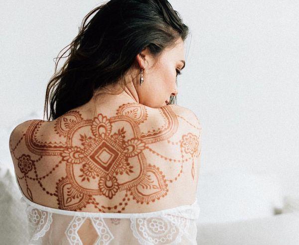 Natural henna tattoo