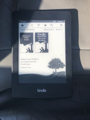 Kindle paperwhite for Sale in Fenelton, PA