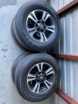 4 Like New Toyota Tacoma Factory Wheels $800 for Sale in HUNTINGTN BCH, CA