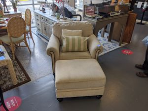 Chair and Ottoman for Sale in Fort Myers, FL