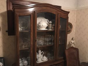 Large antique display case for Sale in San Diego, CA