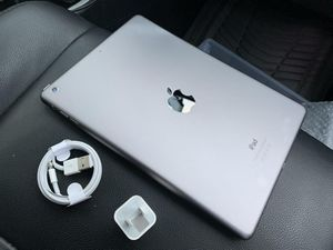 """iPad Air (10inch) (Wi-Fi ONLY Internet access) Usable with Wi-Fi """"as like nEW"""", for Sale in Springfield, VA"""
