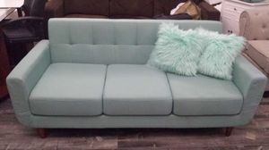 Modern Tufted Couch Brand New for Sale in Walnut, CA