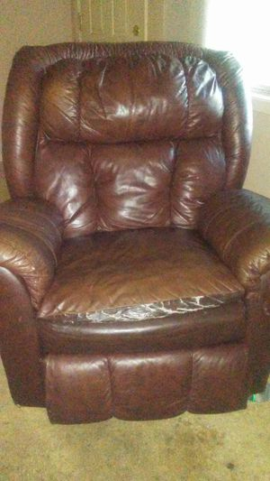 Leather recliner for Sale in Belzoni, MS
