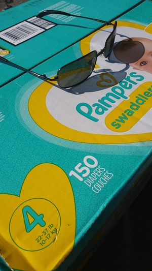 Pampers size 4 box of 150 for Sale in Renton, WA