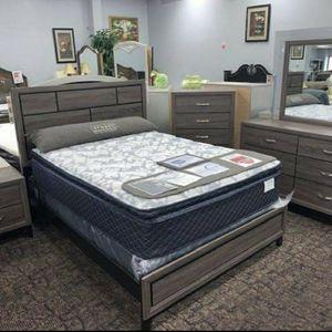 Davi Gray Panel Bedroom Set Crown Mark for Sale in Plano, TX