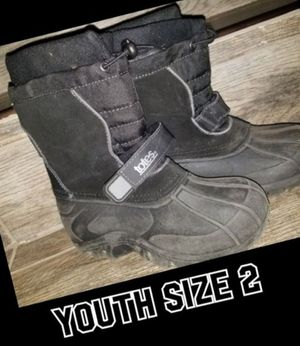 Snow boots youth size 2 for Sale in Fontana, CA