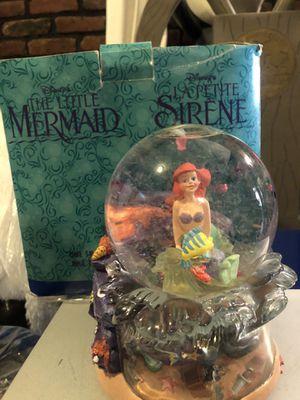 Disney little mermaid 🧜♀️ snow globe for Sale in Brooklyn, NY