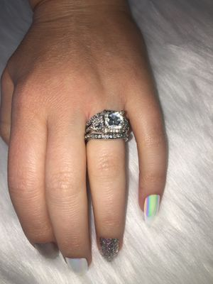 3 PIECE STERLING SILVER WITH CZ'S WEDDING RING SIZE 6 for Sale in Glendale, CA