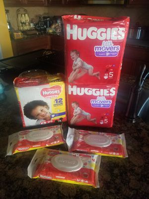 Huggies Size 5 Bundle for Sale in Mansfield, TX