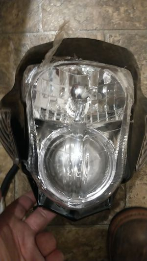 (STREET BIKE AFTRRMARKET)Headlight and signal assembly+(ALL BULBS, WIRING PIGTAILS✓READY TO PKUG AND RIDE!! for Sale in Dublin, VA