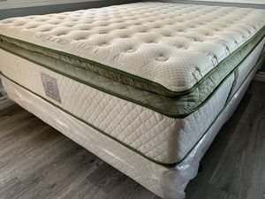 Cal king size 💥Elite Organic Hybrid Infused❄Cool Gel Memory Foam Plush PillowTop Mattress & Boxspring💥💥 for Sale in Downey, CA