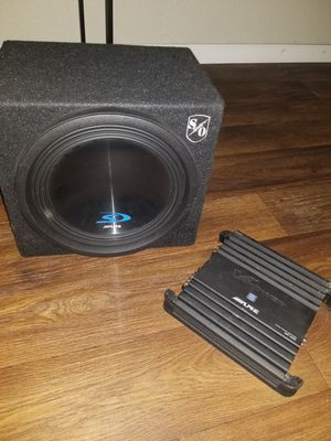 Alpine Subwoofer and Amplifier for Sale in Wichita, KS