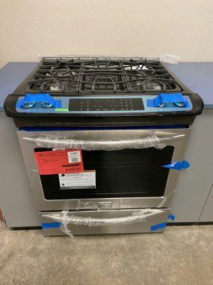 New Frigidaire Gallery Gas Range 1yr Manufacturers Warranty for Sale in Chandler, AZ