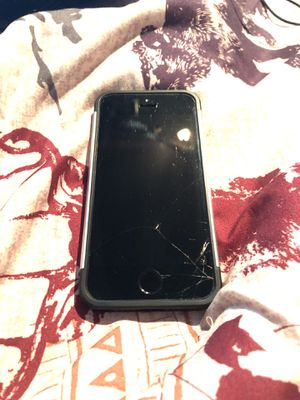 iPhone 5s Cracked Screen for Sale in Cashmere, WA