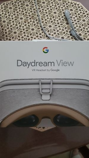 Daydream View VR headset by Google for Sale in Chandler, AZ
