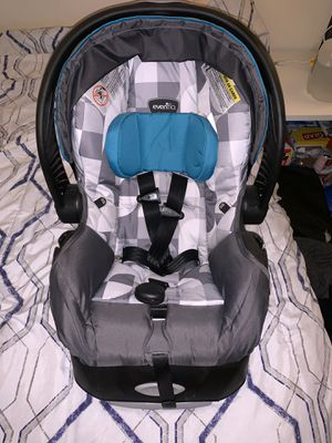 Evenflo infant car seat for Sale in College Park, MD