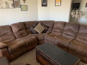 FREE Sectional Couch *pick up only* for Sale in Oak Glen, CA