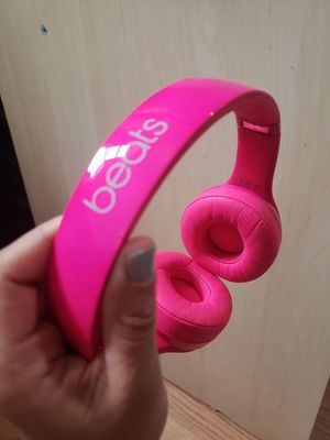 Beats Solo Wired Headphones with box for Sale in Queens, NY