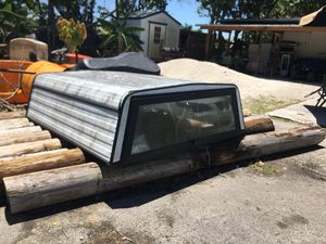 Truck camper with lock for Sale in Miami, FL