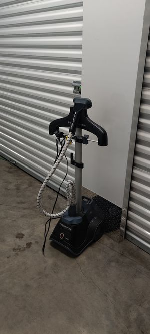 Rowenta garment steamer with adjustable height for Sale in Tucker, GA