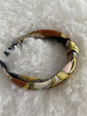 Headband for Sale in Bell, CA