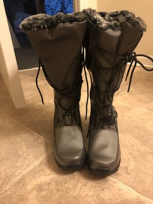 Sporto fur boots for Sale in Westerville, OH