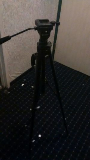Two tripod by 20$ for Sale in Cleveland, OH