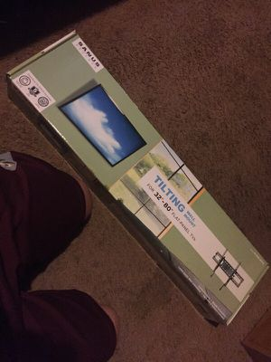 """Tilting Wall mount for 33""""-80"""" TVs for Sale in Laveen Village, AZ"""
