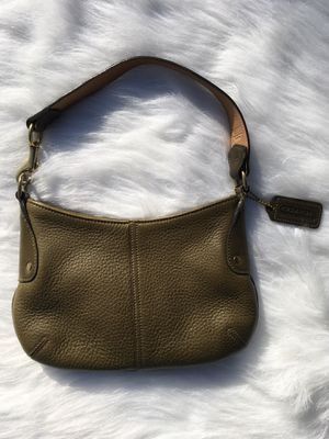 Coach Olive Green Purse Leather for Sale in Lakewood, WA