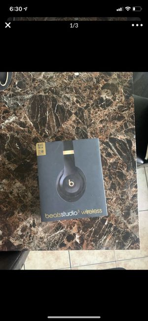 Beats by Dr. Dre Studio3 Wireless Headphones - The Beats Skyline Collection -... for Sale in Long Beach, CA