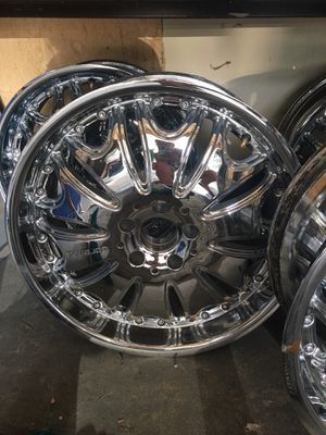 "Lorenzo Chrome 22"" rims for Sale in West Valley City, UT"