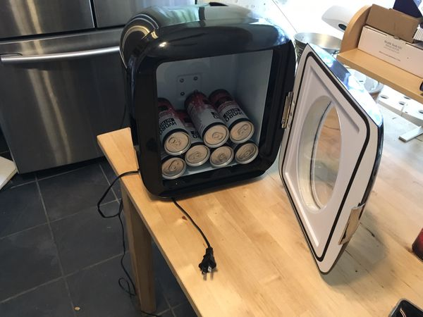 Portable car refrigerator!! Like New!! Great price!!! $19