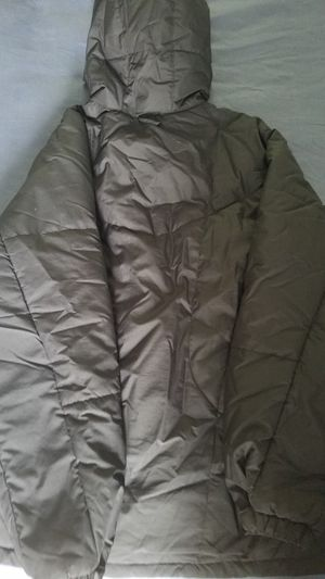 Men's factory Toyota hooded quilted parka (L) for Sale in Atlanta, GA