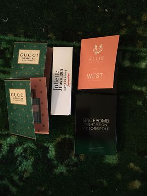 5 piece perfume sampler. for Sale in Gaithersburg, MD
