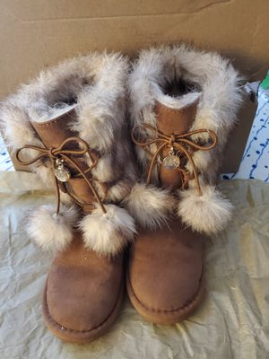 Ugg boots and MK Boots for Sale in Long Beach, CA