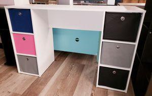 NEW Student 6 Cube Desk w/ Fabric Bins for Sale in Burlington, NJ