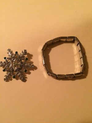 Bracelet and a brooch for Sale in Murfreesboro, TN