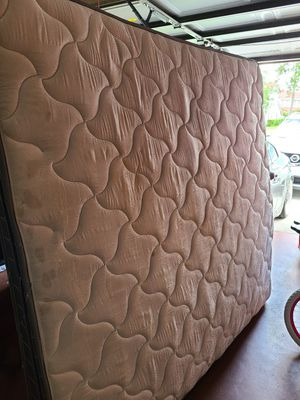 Free king size mattress. for Sale in Orlando, FL
