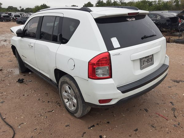 2012 Jeep Compass part out