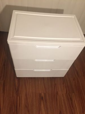 3 Drawer Storage w/ wheels( real drawer hardware for Sale in Roman Forest, TX