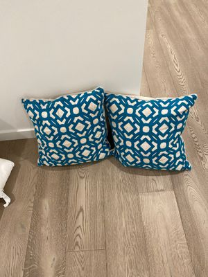 Throw pillow for Sale in Mercer Island, WA
