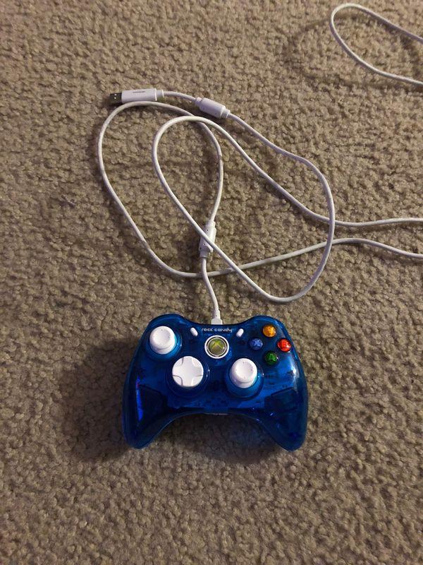 Control para Xbox 360 con cable incluido