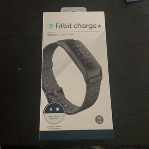 Fitbit Charge 4 for Sale in Waterbury, CT