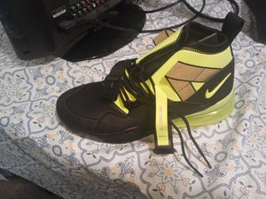 Brand new men's shoes for Sale in Everett, WA