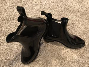 Rain boots women size 7 for Sale in Chicago, IL
