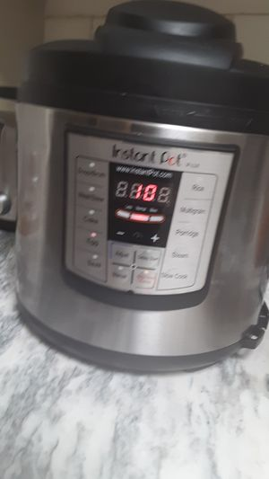IP -LUX Instant Pot for Sale in Tempe, AZ