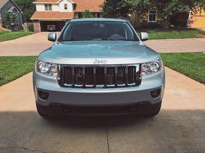 2009 Jeep Grand Cherokee Laredo 4x4_$1200 for Sale in Stockton, CA