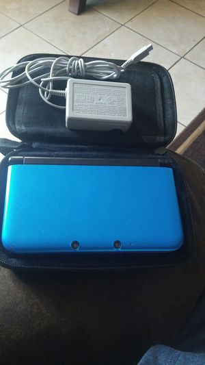 nintendo 3dsxl with games and case for Sale in Long Beach, CA